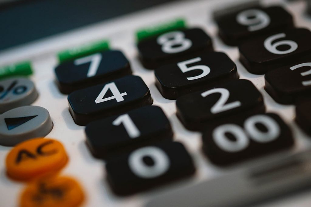 7 Vital Financial Guidance That Will Aid You Handle Your Spending Plan 1