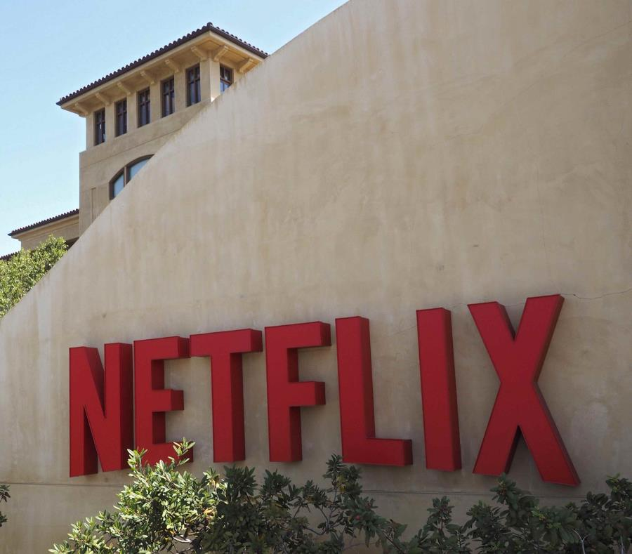 Netflix capitalization gets to historical high 3