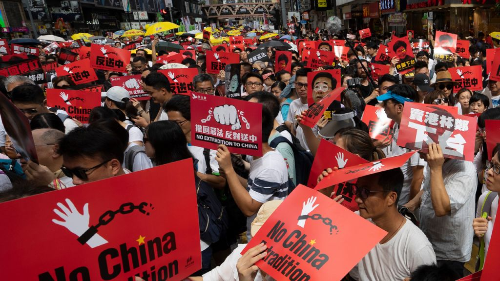 China's Federal government Fuels Stablecoin Economic Climate: Hong Kong Protesters, Singapore as well as Landmass Citizens Flee Resources Controls 8