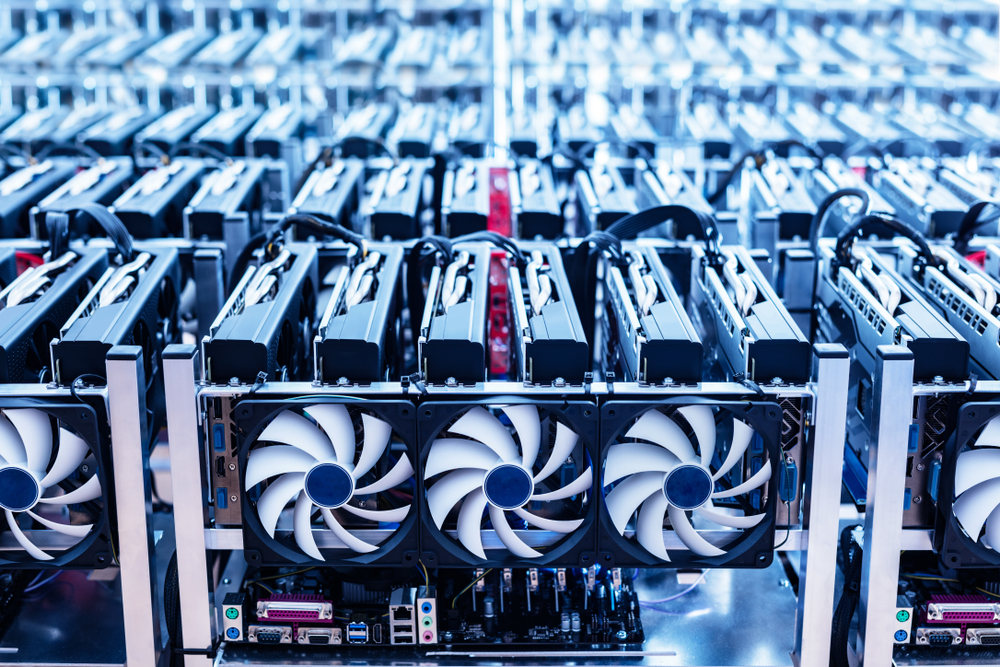 Climbing Hashrate Signals End of Bitcoin Capitulation; Price Looking At $10 K-Retest 17