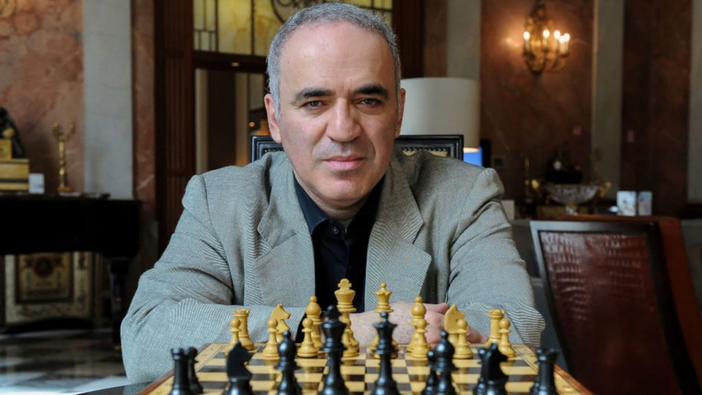 Greatest Chess Grandmaster: Bitcoin Equips the general public as well as Shields Objectors 1