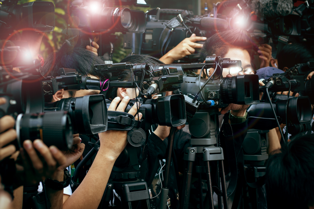 Unfavorable Media Coverages Wake Bitcoin as Price Falls to $9K 1