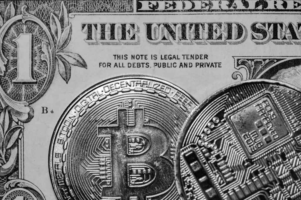 Why This Financing Writer Supporters Bitcoin Over Gold as well as Realty 17