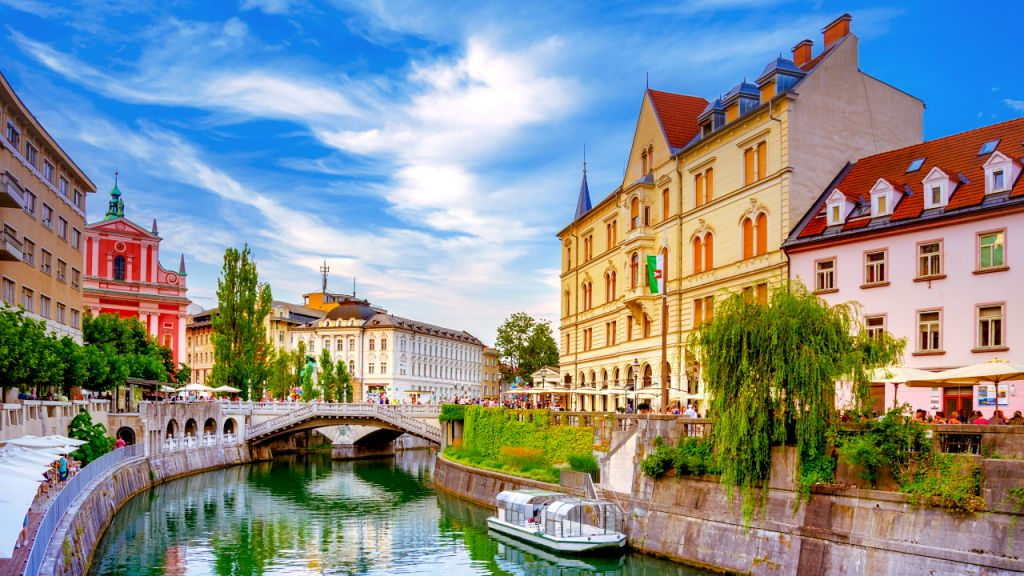 Crypto Fostering Soars in Slovenia: Over 1,000 Locations Accept Cryptocurrencies 1