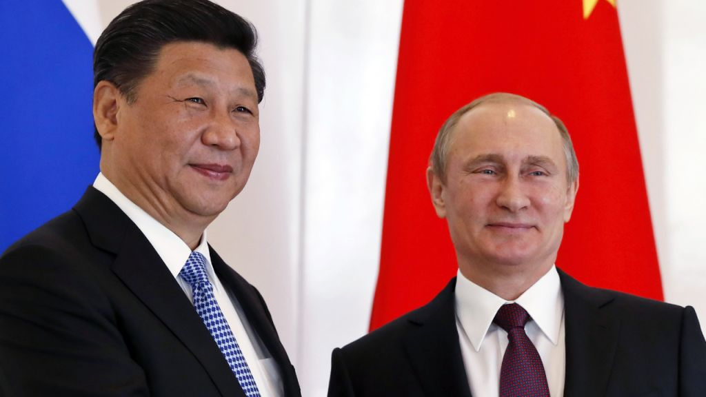 Russia and China De-dollarization Approaching 'Breakthrough Second' 1