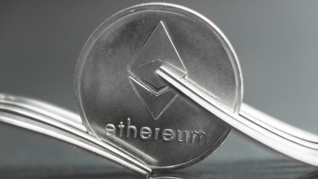 Ethereum Experiences Unintentional 'Chain Split,' Couple Of Third-Party Providers 'Got Stuck on Minority Chain' 7