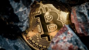 Venezuelan Army Starts Mining Bitcoin for 'Unblockable Income'