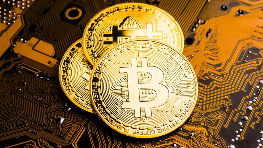 Bitcoin Strikes $25,890, Peter Schiff Thinks BTC Price Surge Will Certainly Bring In Regulatory Authorities 11