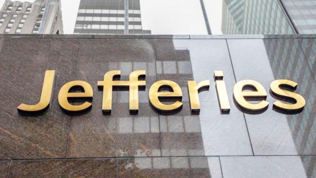 Worldwide Equity Head at Jefferies Claims the Financial Investment Financial Institution Will Acquire Bitcoin as well as Reduce Direct Exposure to Gold 7