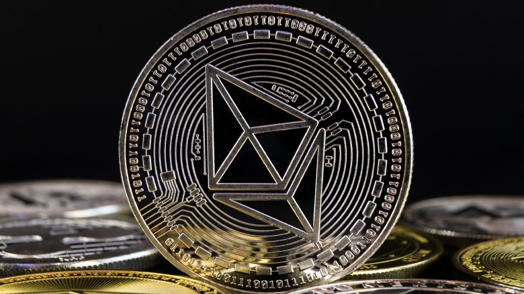 ETH Charges Rise to Perpetuity High After the Crypto Passed the $1,000 Mark 1