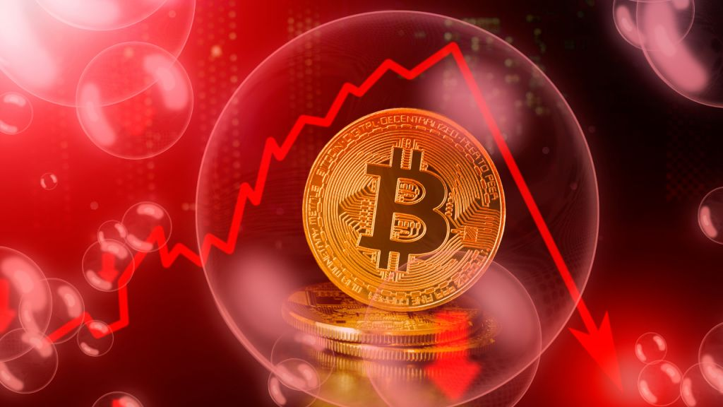 Financial Investment Supervisor Guggenheim Has Some Recommendations as BTC Sheds Billions-- 'Bitcoin's Parabolic Surge Unsustainable' 9