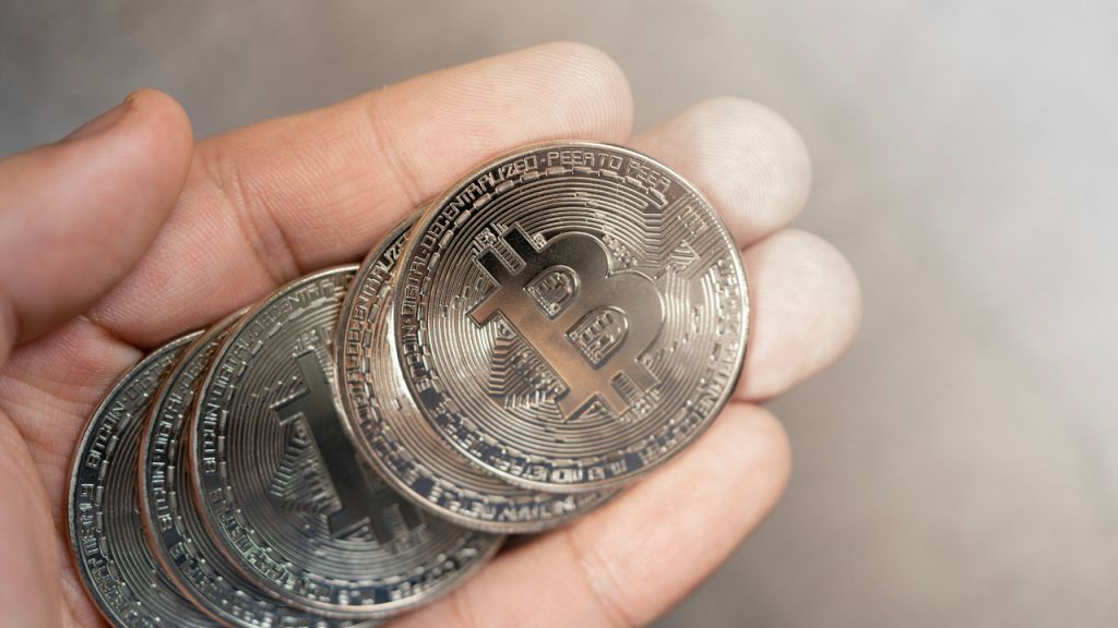 10,000 Financial Institutions Can Currently Allow Clients Purchase, Offer, Hold Bitcoin Via Their Financial Institution Accounts-- Included Bitcoin Information 1