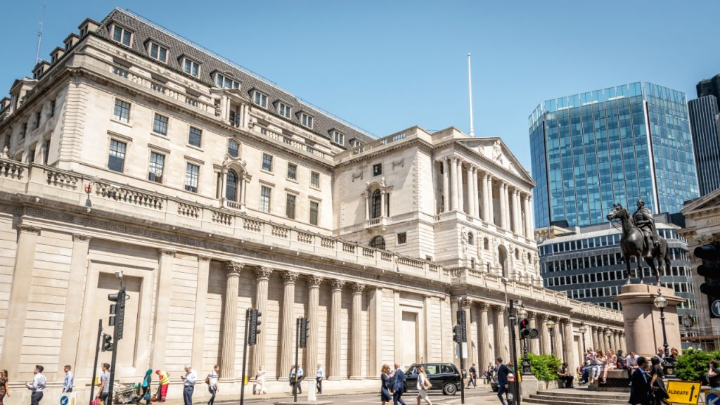 Financial Institution of England Manager Pledges 'Difficult Love' in Cryptocurrency Policy-- Policy Bitcoin Information 1
