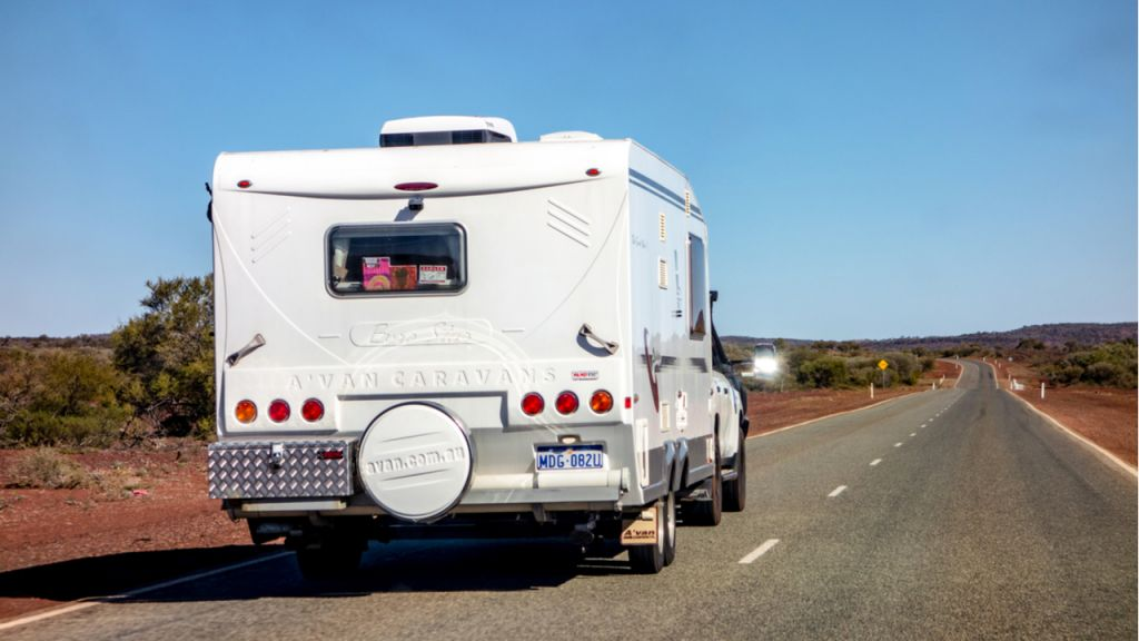 Lloyds Public Auctions Australia Sells a Pricey Campers for Cryptocurrency-- Bitcoin Information 1