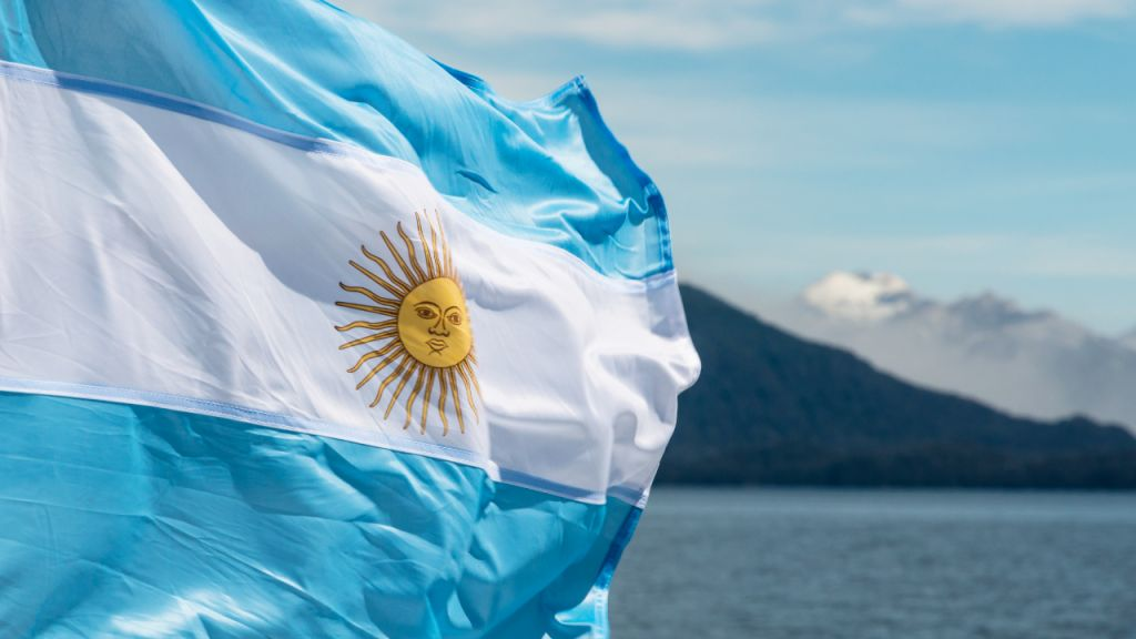 Argentine Legislator Offers Costs Enabling Employees to Get Income in Cryptocurrency-- Guideline Bitcoin Information 1