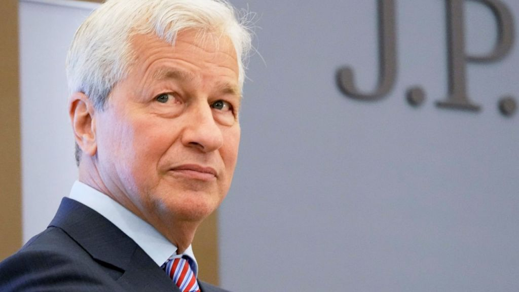 JPMorgan Starts Using 5 Cryptocurrency Finances to Customers-- Information Bitcoin Information 1