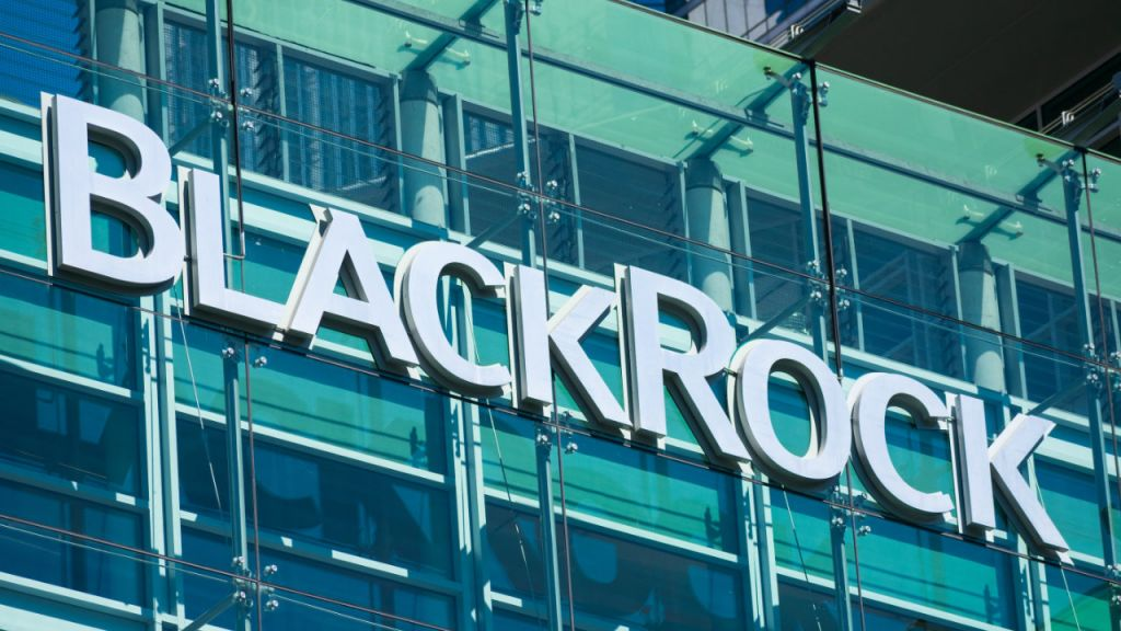 Bitcoin Might 'Increase Dramatically,' Claims CIO of Globe's Largest Property Supervisor Blackrock-- Markets and also Costs Bitcoin Information 6