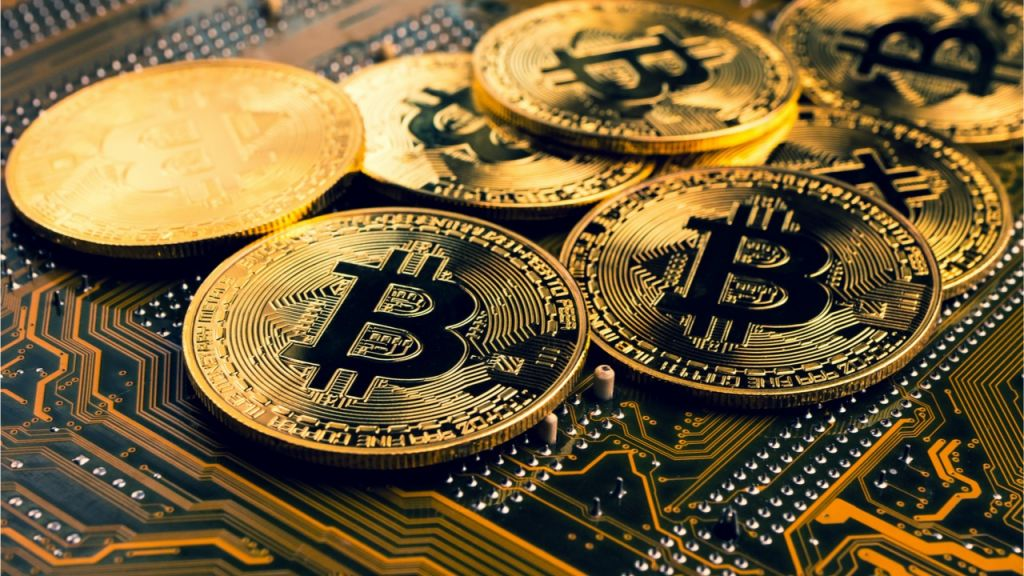 Bitcoin Promptly Leaps Over the $52K Area Just to Obtain Pressed Back, Crypto Economic Climate Climbs Up 3.5%-- Markets and also Rates Bitcoin Information 1