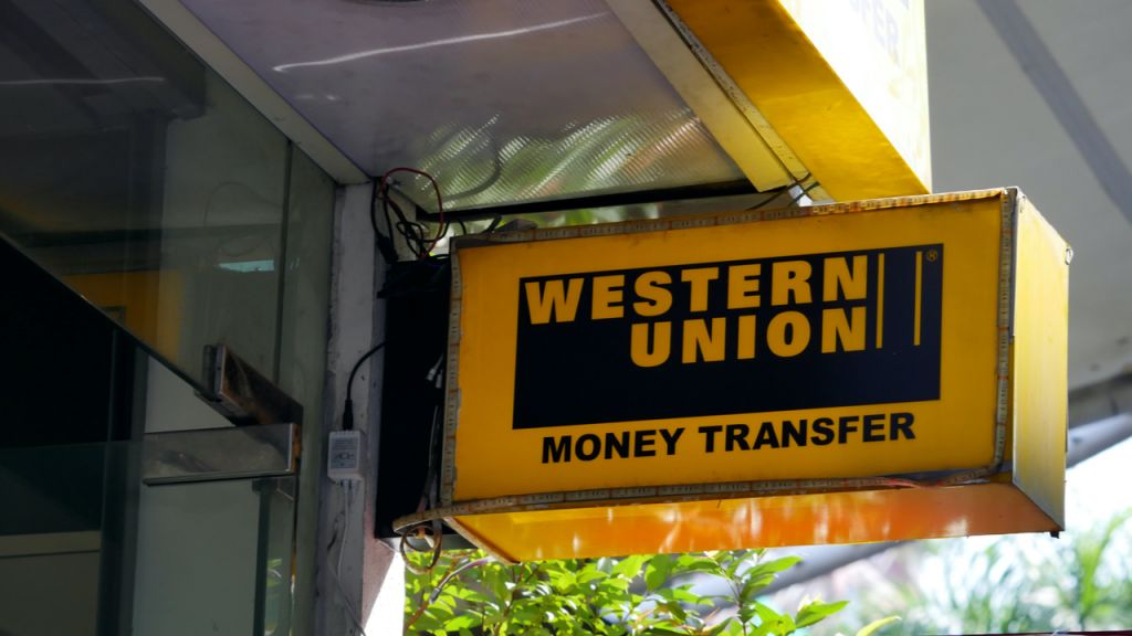 Record Claims Western Union Can Shed $400M if El Salvador's Chivo Bitcoin Budget Gains Grip, Tim Berners-Lee Considers In-- Business Economics Bitcoin Information 1