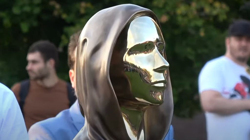 Sculpture of Bitcoin Developer Satoshi Nakamoto Introduced in Hungary-- Included Bitcoin Information 1