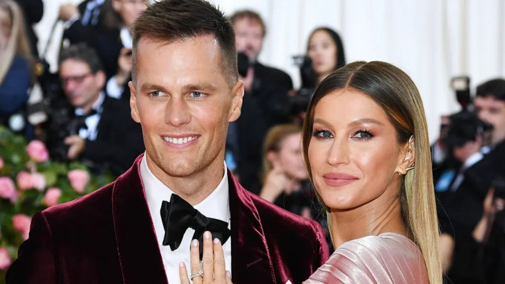 Super Dish Celebrity Tom Brady, Cover Girl Gisele Bundchen Celebrity in $20M Advertising Campaign for Crypto Exchange FTX-- Included Bitcoin Information 4